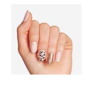❤️5/40❤️ ultra shine gel nail strips